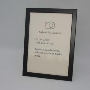 Pildiraam, must (lauale)