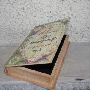 """Karp """"Raamat"""" väike"""